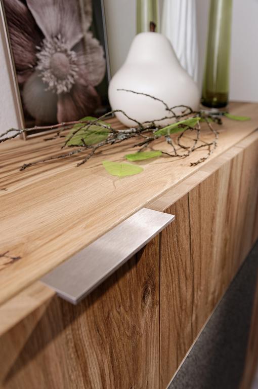 wir f hrenvoglauer mod v alpin wohnzimmer schlafzimmer und esszimmer. Black Bedroom Furniture Sets. Home Design Ideas