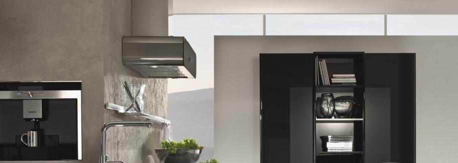 Küche Glasfront: Fronten aus Glas gibt es in verschiedenen Farben.
